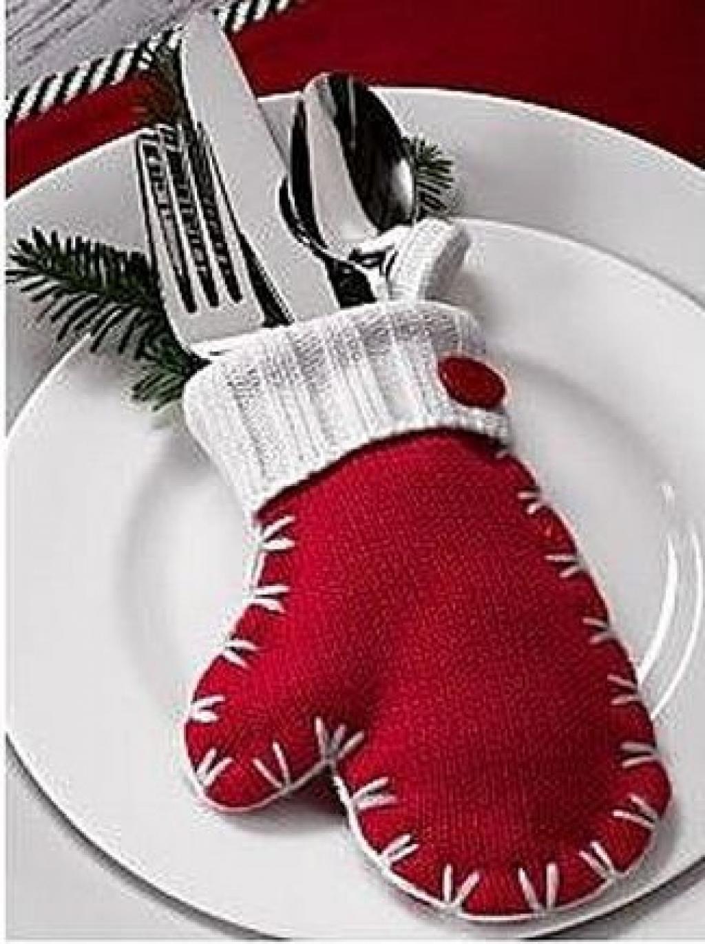 Rond De Serviette A Fabriquer Pour Noel 10 mitaines à intégrer dans votre décoration de noël