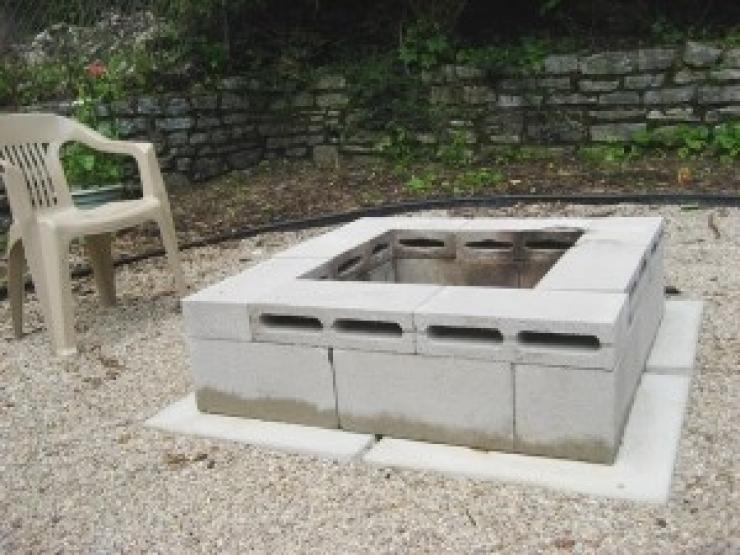 17 id es pour recycler des parpaings la maison for Agrementer un jardin